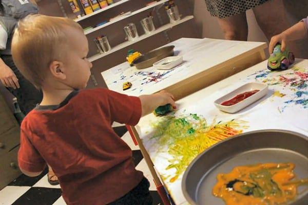 Malen funktioniert auch mit Autos ©theartfulparent.com