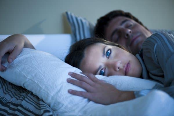 Schlafmangel meist Ursache für Stilldemenz (© Thinkstock)