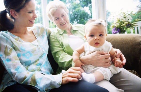 Gute Beziehungen zur Mutter oder Schwiegermutter sind nicht einfach (© Thinkstock)