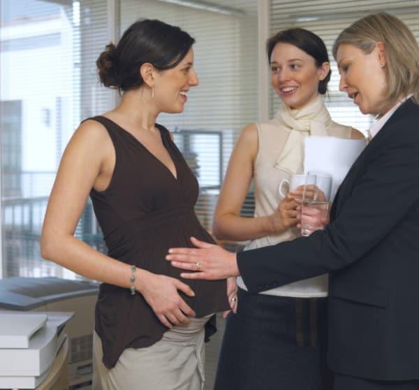 Was Schwangere nervt - Bauch anfassen