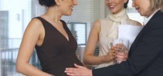 schwanger-bauch-anfassen-vorschau
