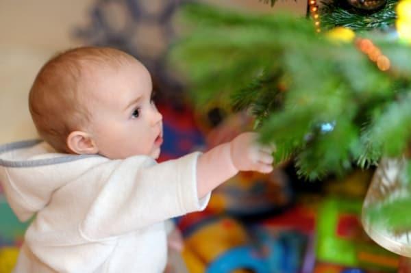 Das erste Weihnachten mit Baby