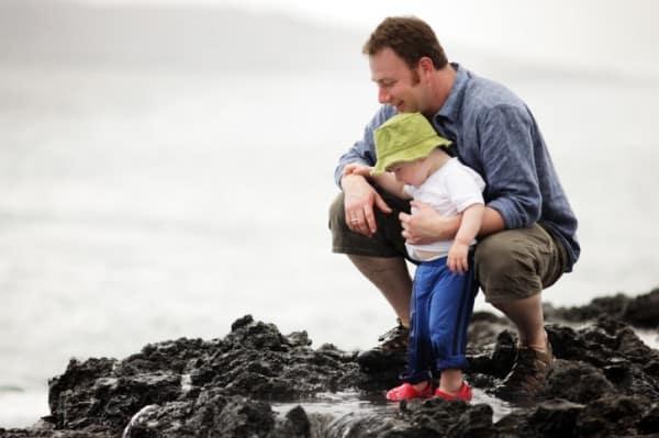 Vater mit Baby - mitentscheiden