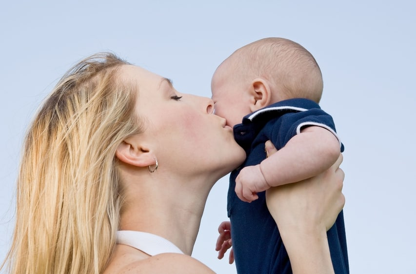 Mutter mit Baby - too good mothering