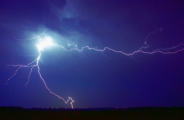 Im Zelt Vor Blitz Geschützt : Wenn kinder angst vor gewitter haben