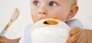 Babybrei enthält oft zuwenig Kalorien
