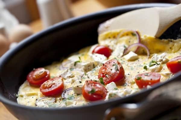 Tomaten-Eier-Omelett-Pfanne