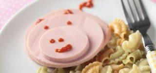 Kinderwurst meist zu fettig und zu salzig (© Thinkstock)