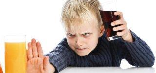 Softdrinks machen Kinder aggressiver (© Thinkstock)