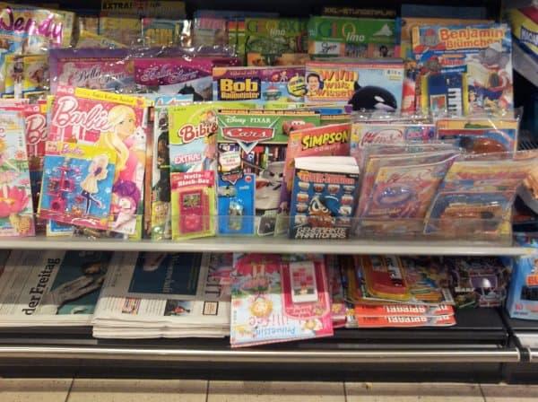 kritisieren Schadstoffe in Zeitschriftenbeilagen und Spielzeugen (Symbolfoto © liliput-lounge.de)