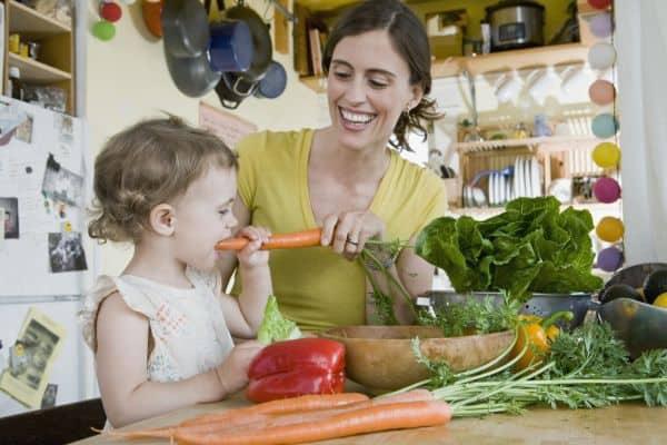 Möhren knabbern kann auch Spass machen (© Thinkstock)