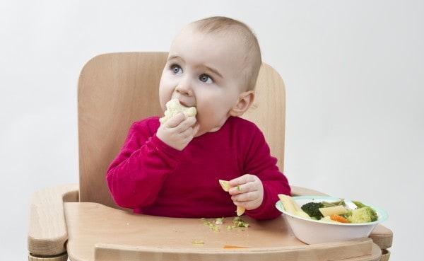 Babyled Weaning - Beikosteinführung ohne Brei (© Thinkstock)