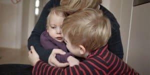 Sandra Roth mit ihren Kindern (c) Sigrid Reinichs (http://www.sigrid-reinichs.de/)