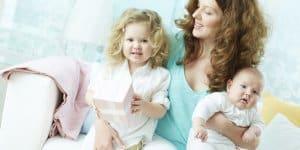 Baby-Illusion: wie die Psyche sich das Kind kleindenkt (© Thinkstock)