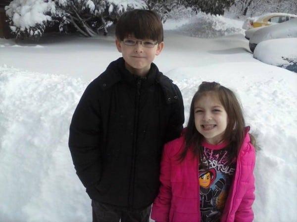 Collins kleine Schwester ist eingeweiht und sicher, dass sich ihr Bruder freuen wird (c) Facebook