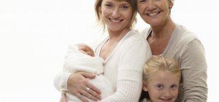 Einmal in der Woche die Enkel hüten hält Omas fit (© Thinkstock)