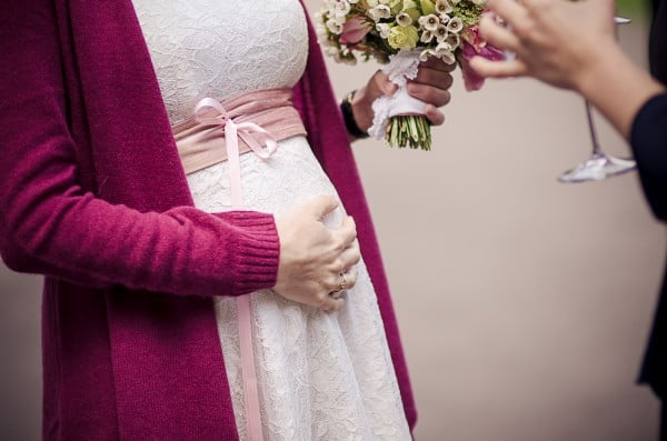 Hochzeit mit Babybauch © Anette Göttlicher /www.goettlicherfotografieren.de