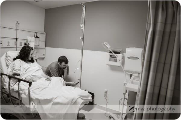Warten auf den Kaiserschnitt © Zemya Photography