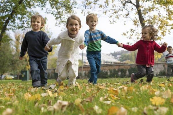 Kindergarten wird eingemauert - Anwohner wollen ihre Ruhe (© Symbolfoto: Thinkstock)