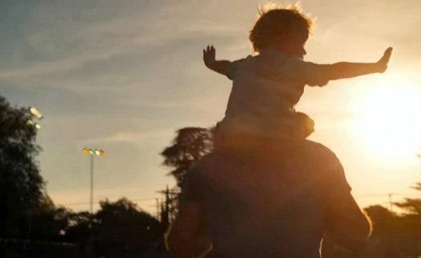 Echte Papa-Momente © dovemencareus/youtube