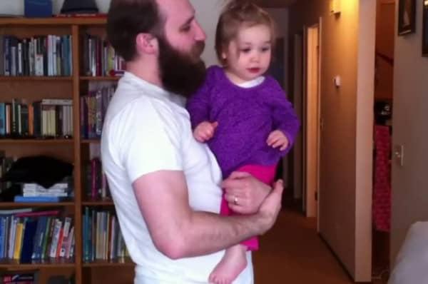 Coole Typen tragen Bart und Kind, klar ©asuperchicken/youtube