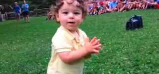 Wenn Luke klatscht, dröhnt der Applaus © RFamilyPage/youtube