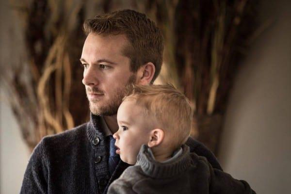 Mit Selbstauslöser geknipst: Adrian Murray mit seinem Sohn Emerson @ mit freundlicher Genehmigung Adrian Murray