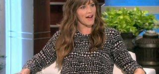 Nach drei Schwangerschaften hat auch Jennifer Garner eine kleinen Bauch © Screenshot, youtube