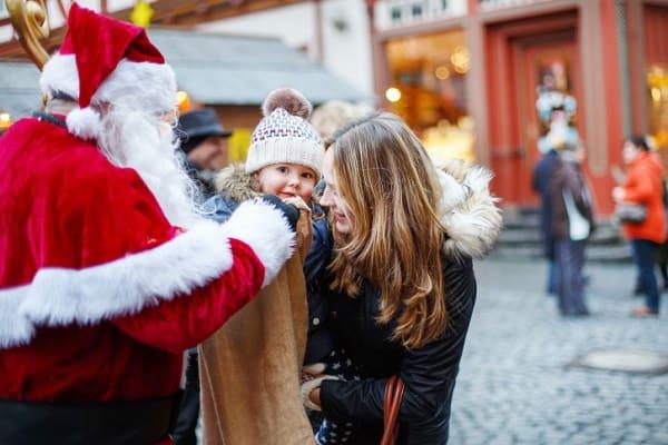 Vielleicht treffen wir auch den Weihnachtsmann? (c) Thinkstock