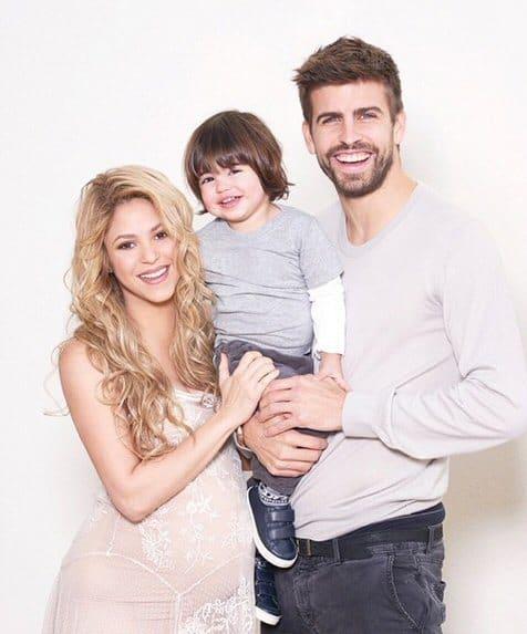 Nun sind sie zu viert: Baby Sasha ist da (Bild: via Instagram/Shakira)
