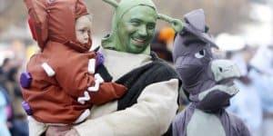karnevalsumzug-mit-baby