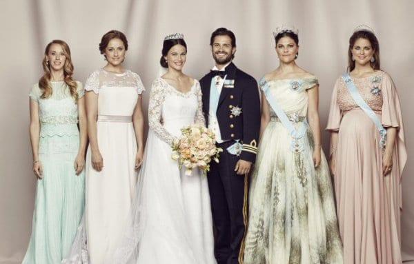 Das Brautpaar mit den Schwestern © Kungahuset.se