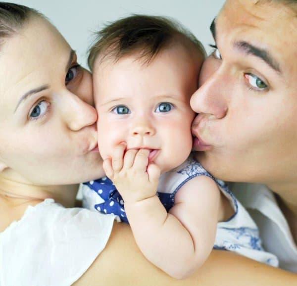 Das erhöhte Elterngeld wird ab September ausgezahlt © Thinkstock