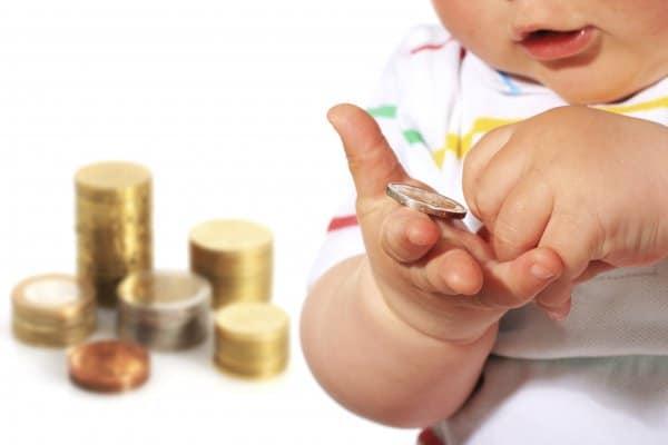 Nur mit steuerlicher Identifikationsnummer kann Kindergeld ausgezahlt werden (c) Thinkstock
