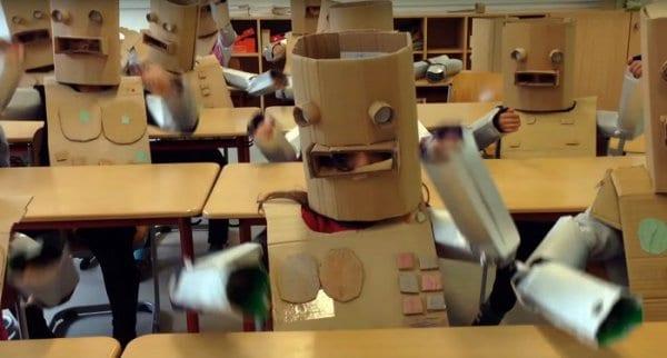 Coooles Roboter-Schulprojekt © Lars Reimers/youtube