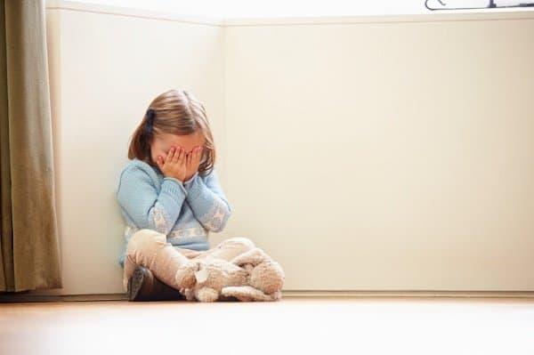 Ohne Erklärung sind die Ereignisse für Kinder noch schlimmer (c) Thinkstock