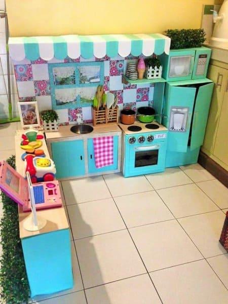 Die fertige Küche (c9 Rodessa Villanueva Reyes