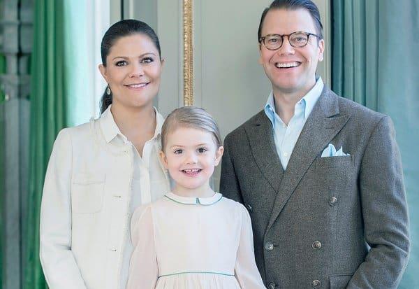Im Februar feiert sie Estelles Geburtstag noch zu dritt (c) Kungahuset.se
