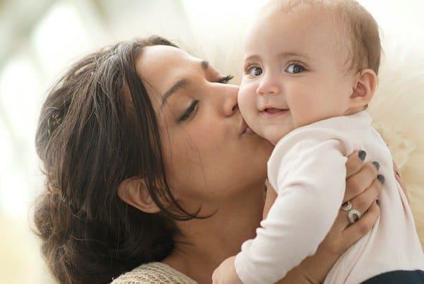 Babys duften für Eltern meist herrlich (c) Thinkstock