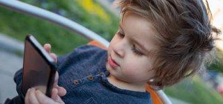 Kinder auf Monsterjagd nicht allein lassen (c) Thinkstock