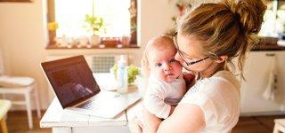 98 Stunden pro Woche mit Kind und Kegel beschäftigt: Mütter  © Thinkstock