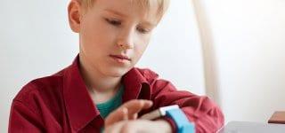 """Bundesnetzagentur verbietet """"smarte"""" Kinderuhren (Symbolfoto: © Getty Images)"""