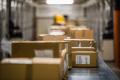 DHL-Erpressung: Polizei warnt vor Annahme von verdächtigen Paketen (© Symbolfoto: Getty Images / Simonkr)