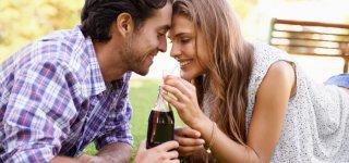 Softdrinks gefährden Fruchtbarkeit (Getty Images)