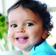14 Monate altes Kleinkind